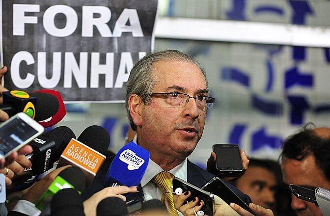 Com cursos on-line, Cunha tenta amenizar sua pena