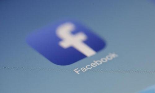 Internautas acusam Facebook de apoiar a censura