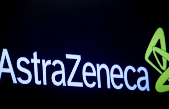 UE fecha com AstraZeneca primeiro acordo de vacina contra Covid-19