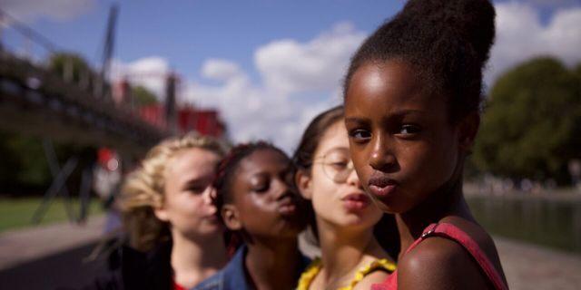 Diretora de 'Cuties' defende filme da Netflix e rebate críticas: 'É feminista'