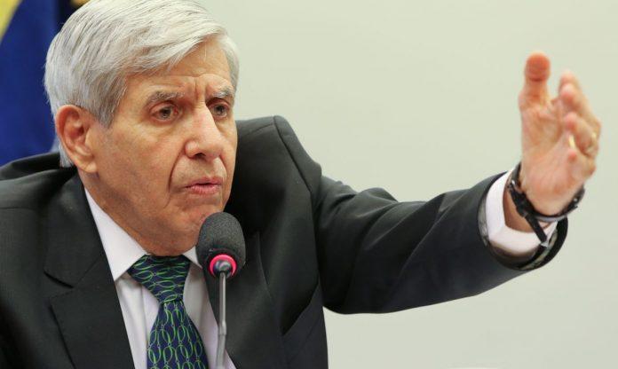 General Heleno para Carmen Lúcia: 'O que seria da Amazônia sem as Forças Armadas?'