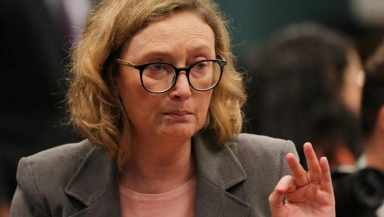 Revoltada, Maria do Rosário quer reverter decisão de Bolsonaro que nomeia o prof. Carlos Bulhões para reitor da UFRGS
