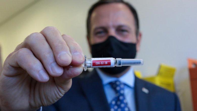 Teste da vacina chinesa com 50 mil chineses aponta segurança 'excelente', anuncia Doria