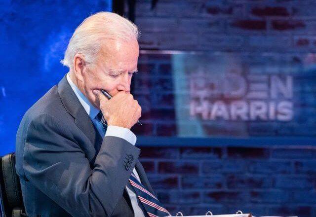 Biden pede para que covid-19 não seja politizada
