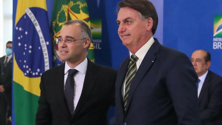 Bolsonaro: 'André Mendonça é muito, mas muito melhor do que Moro'