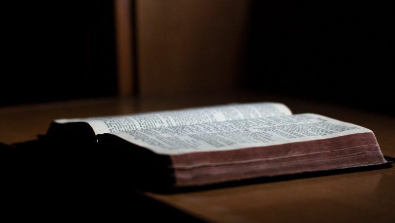 Por Igrejas Verdadeiramente Evangélicas