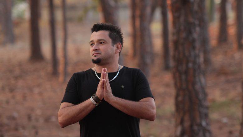 """Diego Ribeiro lança seu primeiro single """"Em Meus Caminhos"""""""