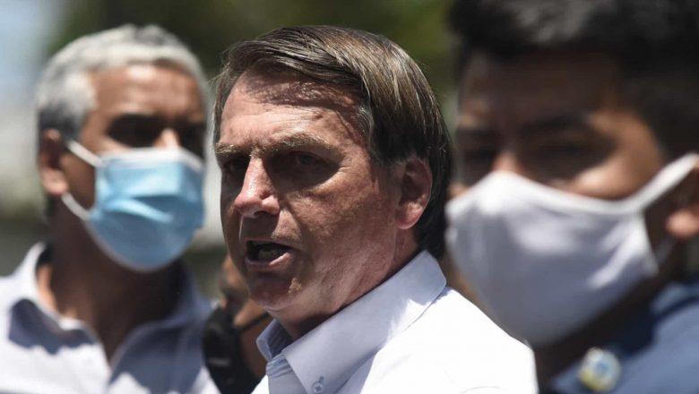 Bolsonaro volta a questionar segurança da urna eletrônica: Assista