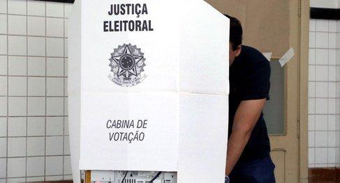 Dia de eleição tem prisões e apreensões de dinheiro e carros