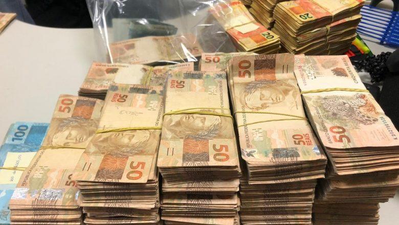 Irmão de prefeito e candidato à reeleição em Caucaia é detido com dinheiro na cueca