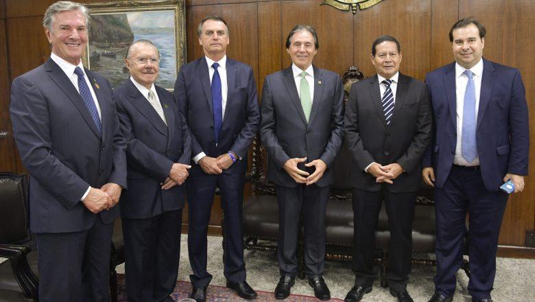 Três décadas da política brasileira resumidas em dois minutos
