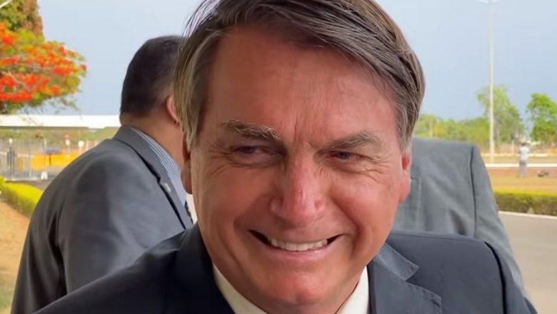 """Bolsonaro diz que está """"conversando com lideranças do Parlamento"""" para ter voto impresso nas eleições"""