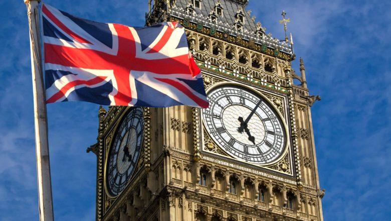 Canadá e países da América do Sul suspendem voos do Reino Unido por conta da nova mutação da Covid-19