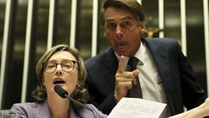 Maria Rosário compartilha informação falsa contra Bolsonaro — aponta agência de checagem