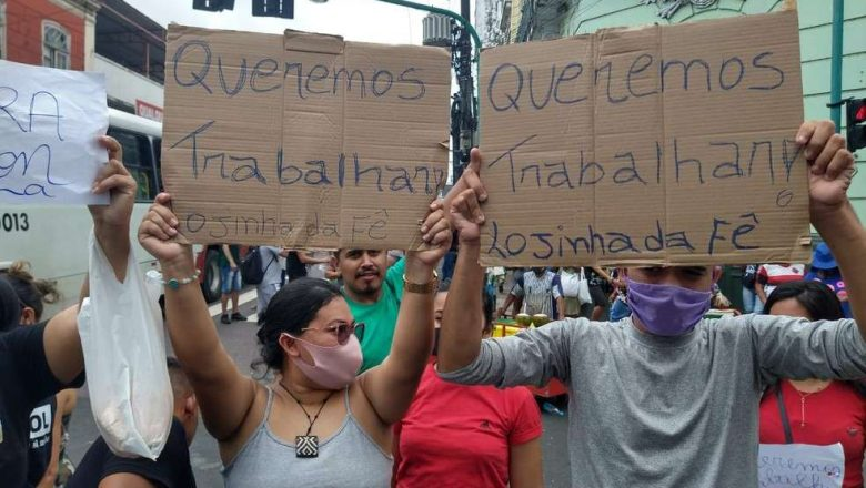 """No Amazonas, população toma as ruas após governador decretar """"fechamento"""""""