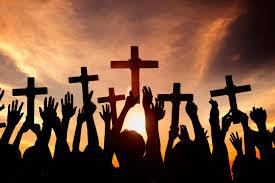 Declínio do Cristianismo no Ocidente não devido ao 'Liberalismo vs. Conservadorismo'