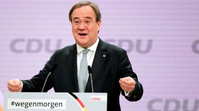 Defensor de imigração e União Europeia é eleito novo líder do partido de Merkel na Alemanha – BBC News Brasil