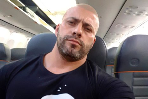 Alexandre de Moraes manda bloquear perfis de Daniel Silveira nas redes sociais