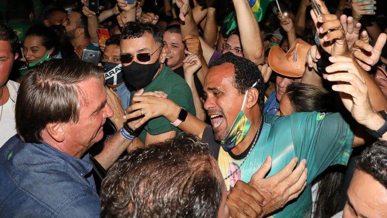 Após Bolsonaro desafiar governadores e prefeitos, senadores iniciam movimentação para derrubá-lo