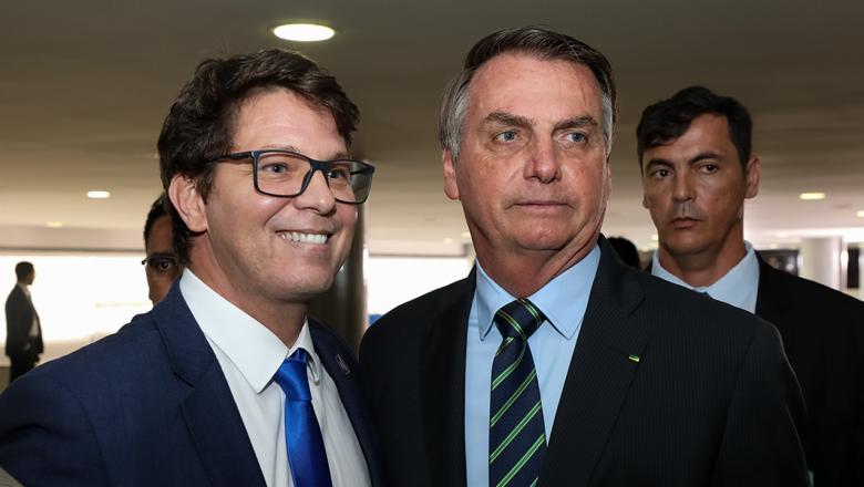 Governo Bolsonaro: Mario Frias quer explicações do YouTube sobre suspensão de usuários da plataforma