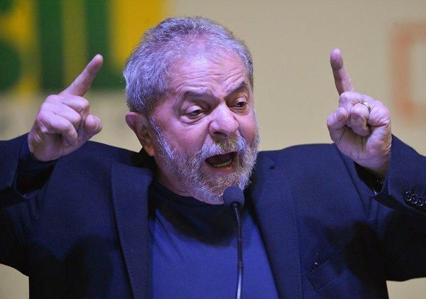 Lula critica Fachin e afirma que o juiz se 'acovardou'