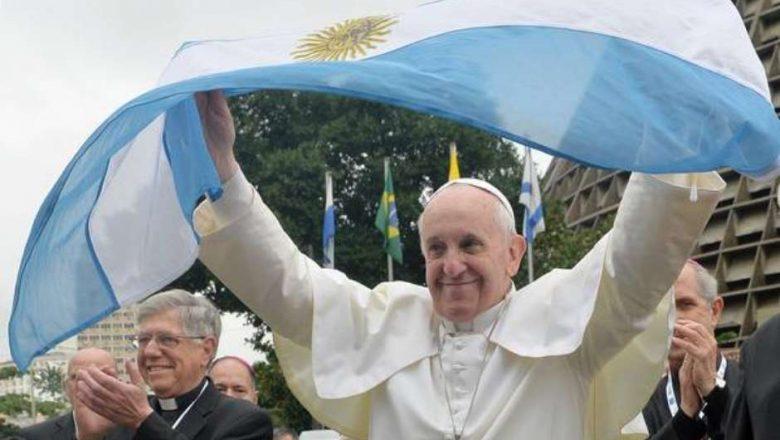 Papa Francisco abre porta para possível renúncia