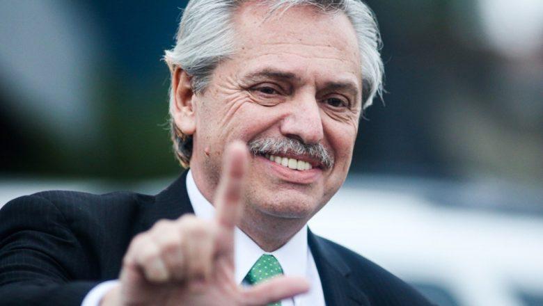 Presidente da Argentina ataca a Justiça brasileira