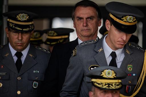 Prisão de Daniel Silveira: General diz que brasileiros tem saudade do Regime Militar