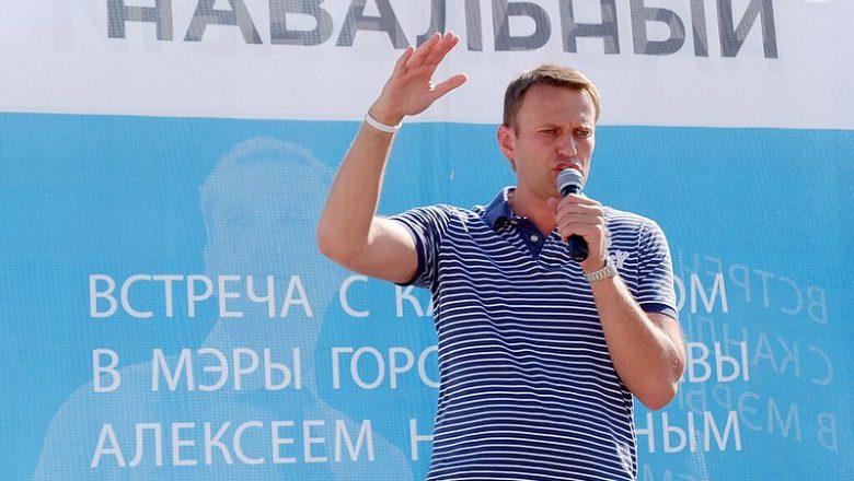 Rússia condena Navalny a passar mais de dois anos na prisão