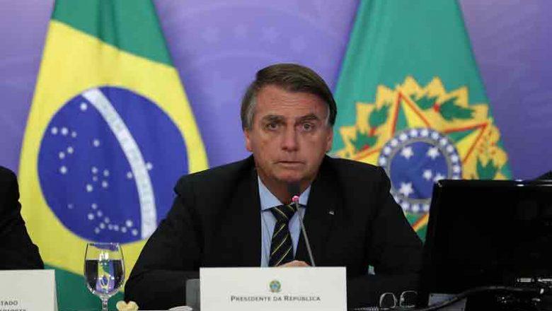 Bolsonaro divulga balanço das ações do governo no combate à pandemia