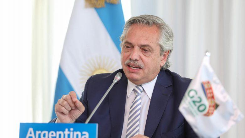 Fernández comemora decisão que anulou condenações de Lula