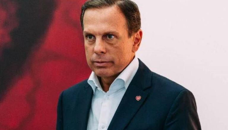 Parlamentares e cidadãos respondem após governador João Doria chamar manifestantes de 'bolsonaristas loucos'