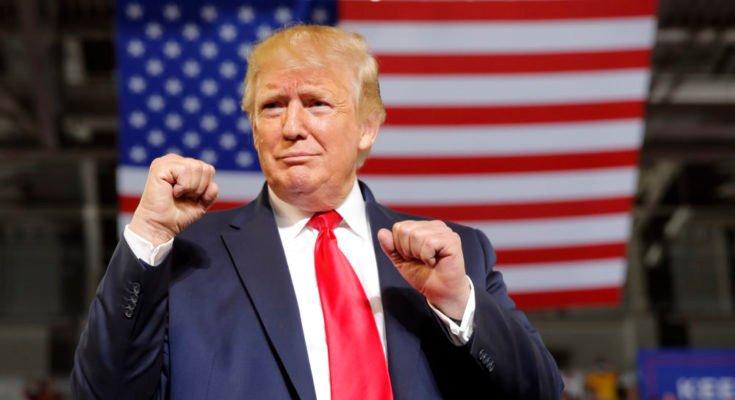 Trump pode criar 'nova plataforma' para voltar às redes sociais, diz assessor