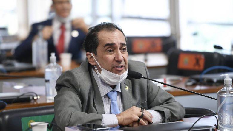 'Eu não cometi crime nenhum', afirma Kajuru após divulgação de conversa com Bolsonaro