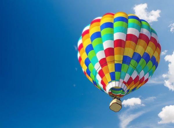 Pandemia faz pastor pregar em balão no Norte de SC