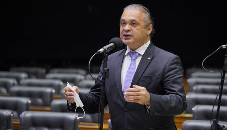 Para Lucena, decisão do STF sobre cultos e missas em São Paulo desatendeu a constituição