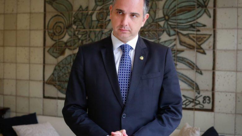 Presidente do Senado critica decisão de ministro do STF sobre CPI da Covid