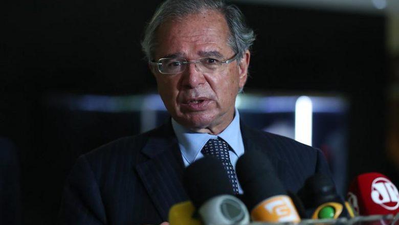 PT ganhou quatro eleições 'merecidamente' após criar o Bolsa Família, diz Paulo Guedes