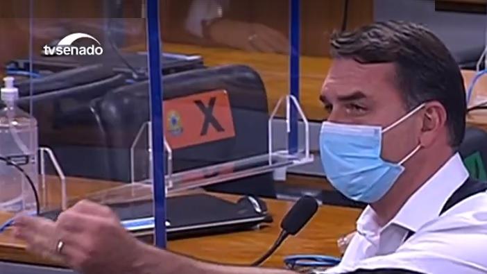 """Sessão da CPI é suspensa após Flávio Bolsonaro xingar Renan de """"vagabundo"""" – ISTOÉ Independente – ISTOÉ"""