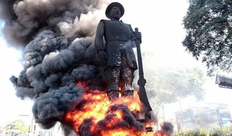 Preso suspeito de participar de incêndio da estátua de Borba Gato, em São Paulo