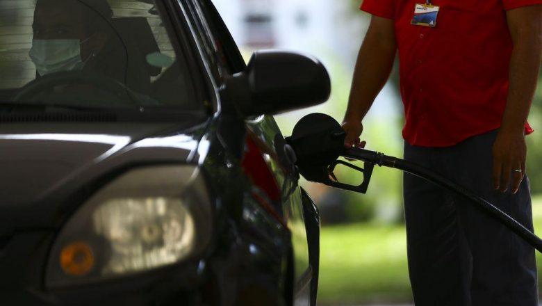 Em carta, governadores culpam governo federal pelo aumento dos combustíveis